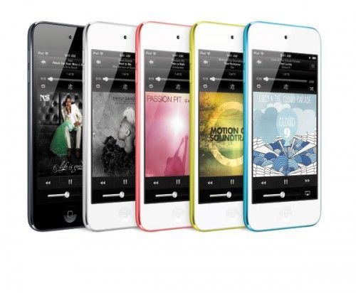 Azul, amarillo, rosa, blanco y negro.
