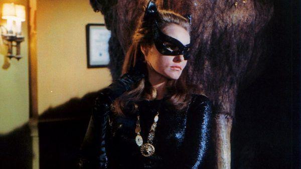 Julie-Newmar-as-Catwoman-batman-the-original-series-17392551-2037-2560-970x545